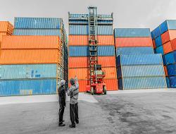 logistiek expediteur rotterdam, internationaal transport, vervoersbedrijf, contactgegevens zoey logistics